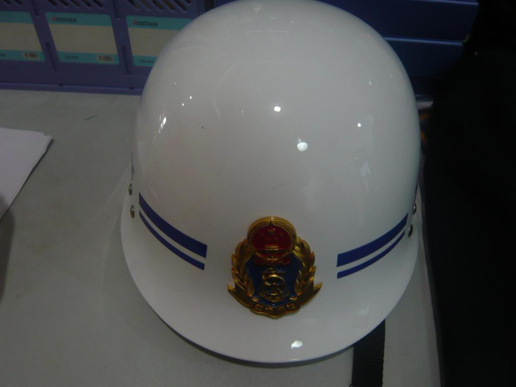 科盾路政新款执法头盔  新品上市,品种齐全!