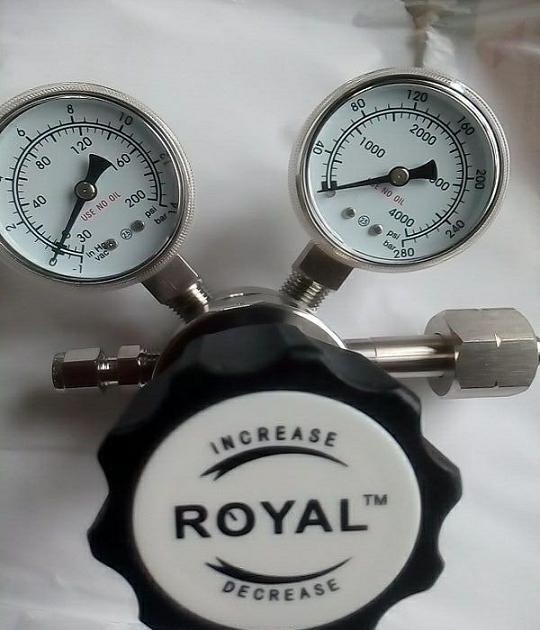 316L高纯气体抽真空减压阀