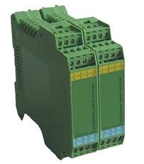 热电阻热电偶信号输入导轨安装两入两出智能温度变送器 pt100