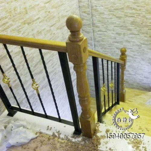 沈阳铁艺楼梯围栏