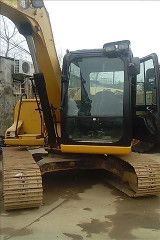 低价处理九成新进口极品纯土方卡特306/307D二手挖掘机