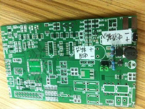 高输出电流的应用电路上