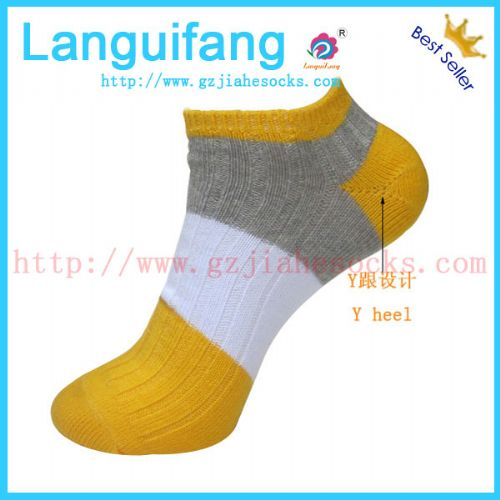 广州嘉和针织袜业供应促销外贸男士棉袜