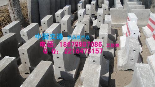 济南水泥隔离墩-18678897086-历下区水泥墩价格