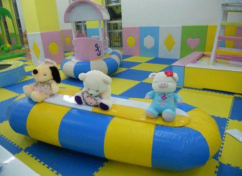 儿童游乐设备-跷跷板