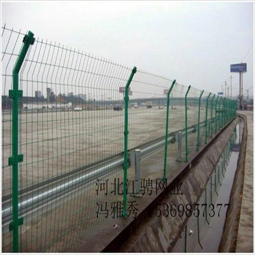 双边丝护栏网,双边丝护栏网厂家,公路护栏网,厂区护栏