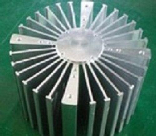 商家供应铝型材散热器