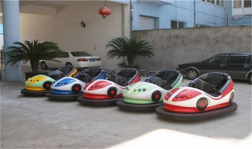 地网碰碰车生产厂家金起游乐设备
