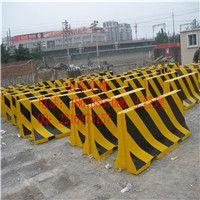 济南水泥隔离墩尺寸18678897086因专注,更专业