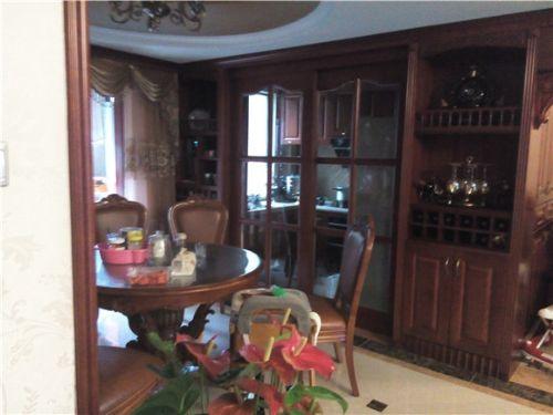 长沙实木家具厂定制规格齐全、实木书柜、书桌家具定制网站