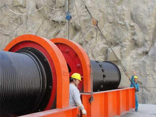 式格栅清污机 水利水电工程启闭机图片