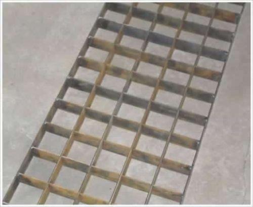 插接钢格栅/复合钢格栅批发市场/河北精造钢格栅板公司
