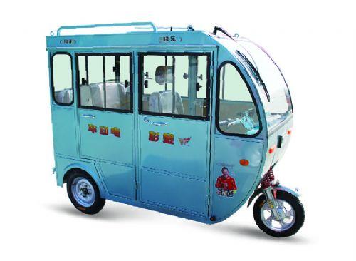 金彭鸿途2客运三轮车 全封闭三轮电动车 老年代步车电池配件