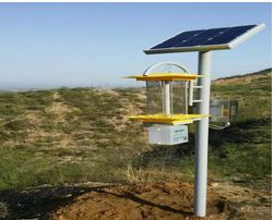 30型农用太阳能杀虫灯