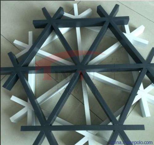 三角形铝格栅吊顶厂家 铝格栅吊顶价格 北京铝格栅天花