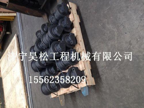 供应小松挖掘机PC200-7支重轮