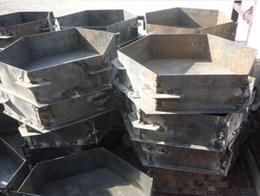 飞龙批发优质护坡钢模具,护坡钢模具价格
