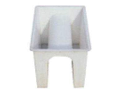 常年供应山体急流槽模具  保定飞龙塑业