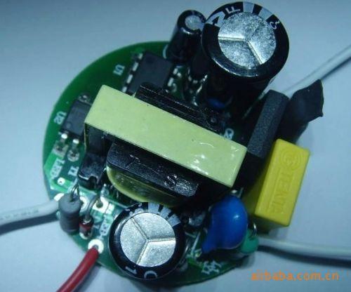 LED电源驱动器解决方案