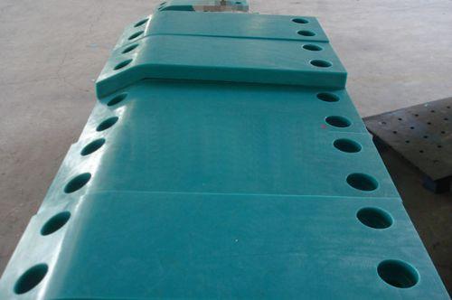 模压超高分子量聚乙烯板护舷贴面板码头防冲板码头防撞板