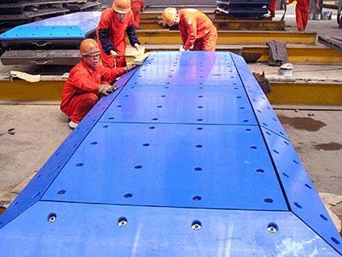 聚乙烯车箱衬板缓冲床耐磨滑板皮带机耐磨滑板