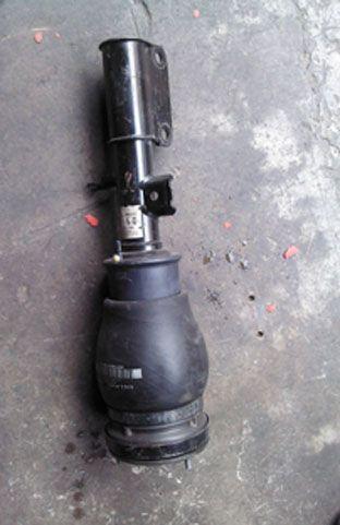 宝马E53X5前减震总成 分动箱 分动箱马达 尾牙 半轴 大灯