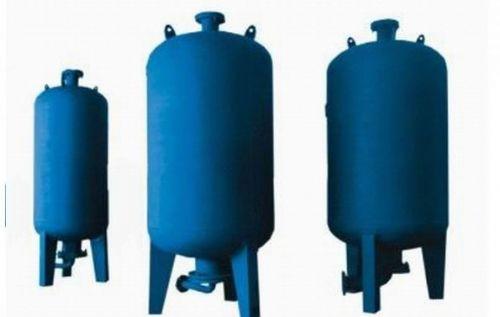 隔膜式气压罐 隔膜式气压罐壳体直接与水接触图片