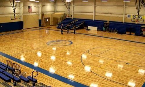 济南枫木纹专业室内篮球场地胶球馆pvc塑胶橡胶运动地板胶防滑地垫