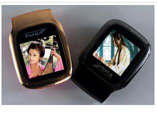 1.5寸屏无损MP4 夹子 插卡有屏每天播放机 苹果4代 Mp4