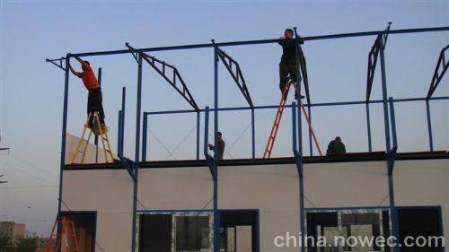 名 称: 北京钢结构有限公司 北京彩钢岩棉夹芯板  规 格:厚度:50mm