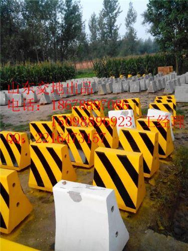 三门峡交通标志杆-15098896923-陕县水泥隔离墩厂家