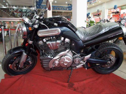 供应跑车雅马哈MT-01摩托车图片 价格 参数表