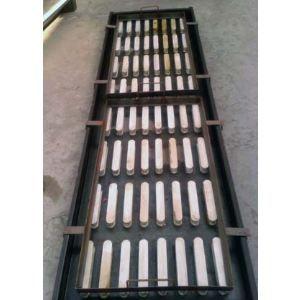 飞龙批发优质漏粪板钢模具,漏粪板钢模具价格