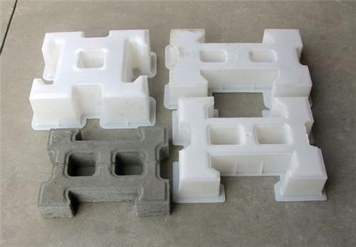 专业生产锁块护坡模具---保定飞龙模具厂欢迎您