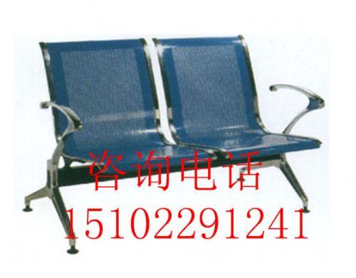 天津五金排椅专家 定制火车站公园排椅 汽车站木质烤漆排椅 塑料连