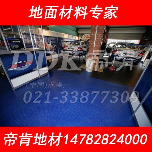 车间耐磨地板,仿实木纹商用耐磨PVC石塑地板