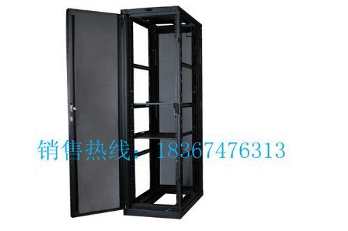 14U网络机柜(室内安装)机柜内部配置