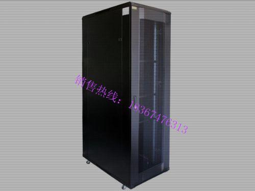 22U网络机柜-现场网络机柜配置