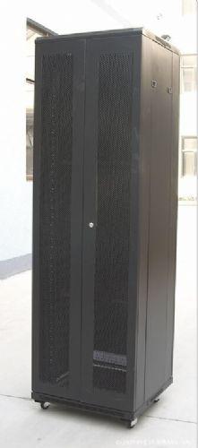 24U网络机柜