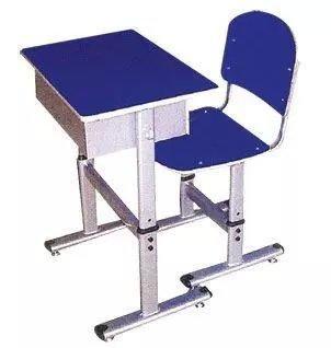 天津课桌椅专业生产厂家 美观耐用的学生课桌椅 符合人体工学的课桌