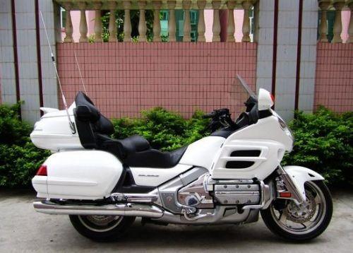 本田金翼GL1800三轮车