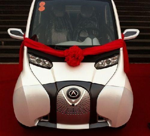 驰A01全封闭电动汽车 小电动汽车高清图片