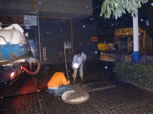 常熟梅李镇吸污车清理大小化粪池 疏通管道
