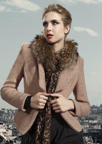 宝莱国际时尚大码女装羽绒服批发 厂家原单女装尾货批发