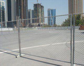 供应绿色围墙护栏网养殖基地铁丝护栏网 厂家批发pvc包塑护栏网