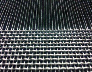 河北安平厂家直销菱形镀锌勾花网 出口品质
