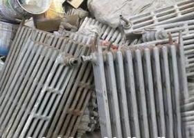 北京二手暖气片回收公司 收购铸铁暖气片 水暖器材回收