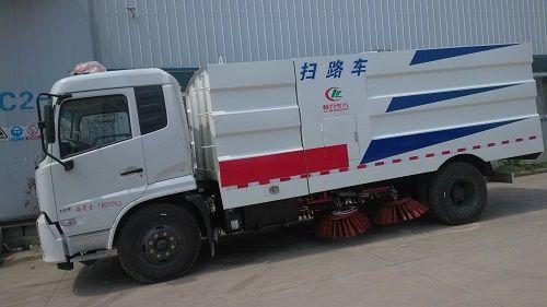 东风天锦道路清扫车