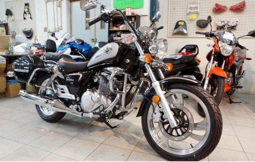 铃木摩托车高清图片
