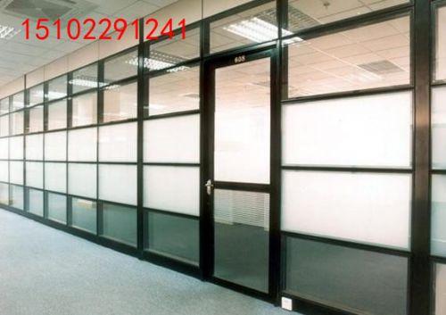 天津艺术玻璃隔断设计及定做 双玻单玻磨砂玻璃样式齐全 时尚办公隔